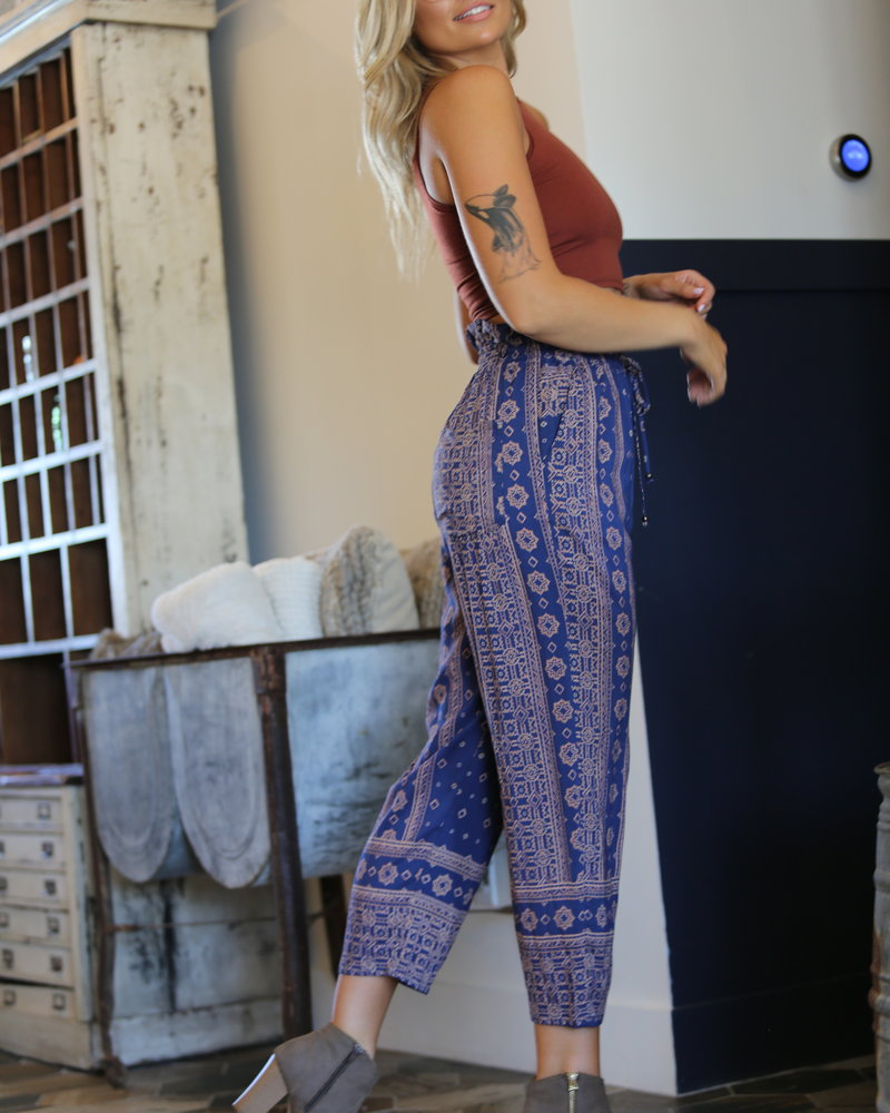 Angie Tapered Leg Pants (25S35)