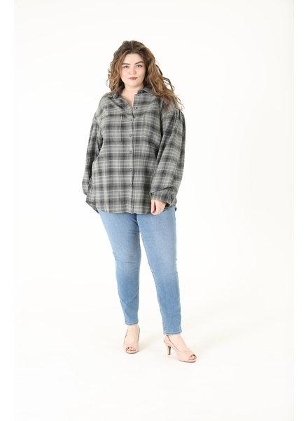 Angie Plus Button Up Plaid Flannel (B9Z44)