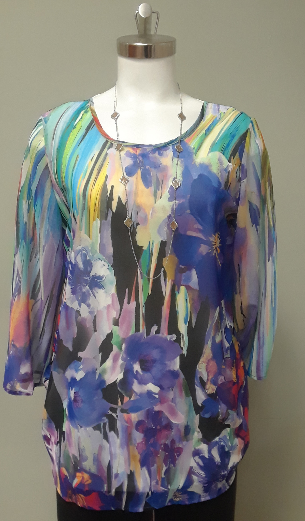 Artex Fashions Women's Floral Top