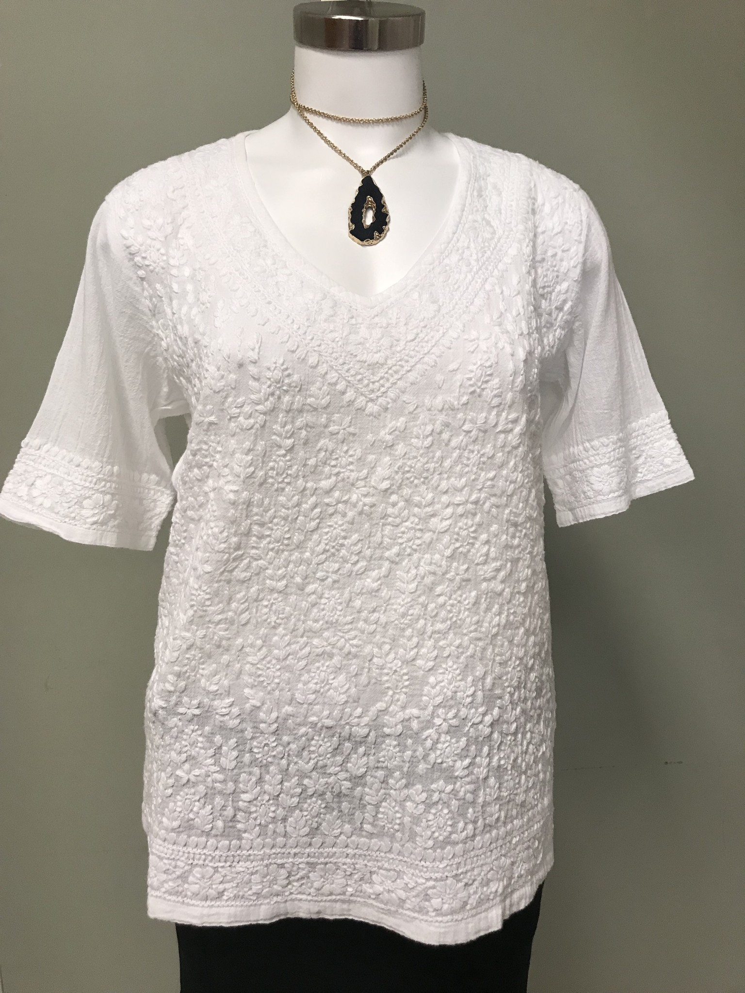 Compliments Woven Emb Top