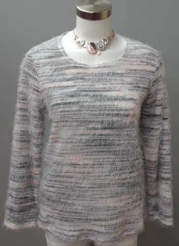 SOFT WORKS Eye Lash Sweater