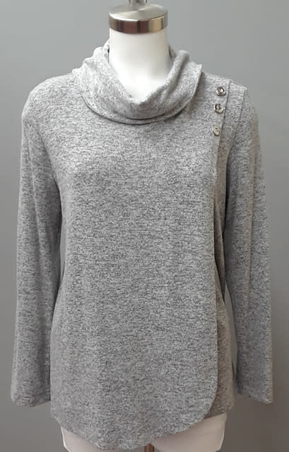 SOFT WORKS Layered Sweater
