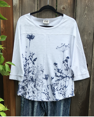 3/4 Sleeve Watercolor Print Relax Top