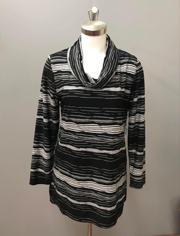 Snowcap/Black Long Sleve Kalie Novelty Stripe Top