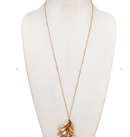 Andrea Bijoux CLUSTER METAL AND RESING LINK PENDANT NECKLACE
