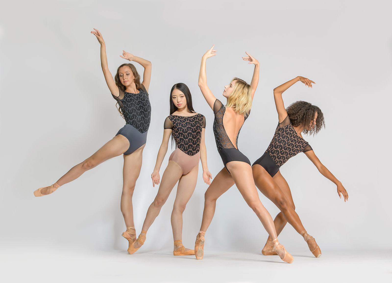 Ballet Rosa CORALIE-Leotard à Manches Courtes en Dos V Ouvert