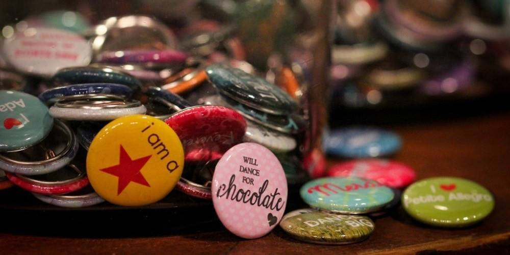 B Plus 100CC-Sayings For Dancers Chit Chat Pin Buttons 1'' diameter