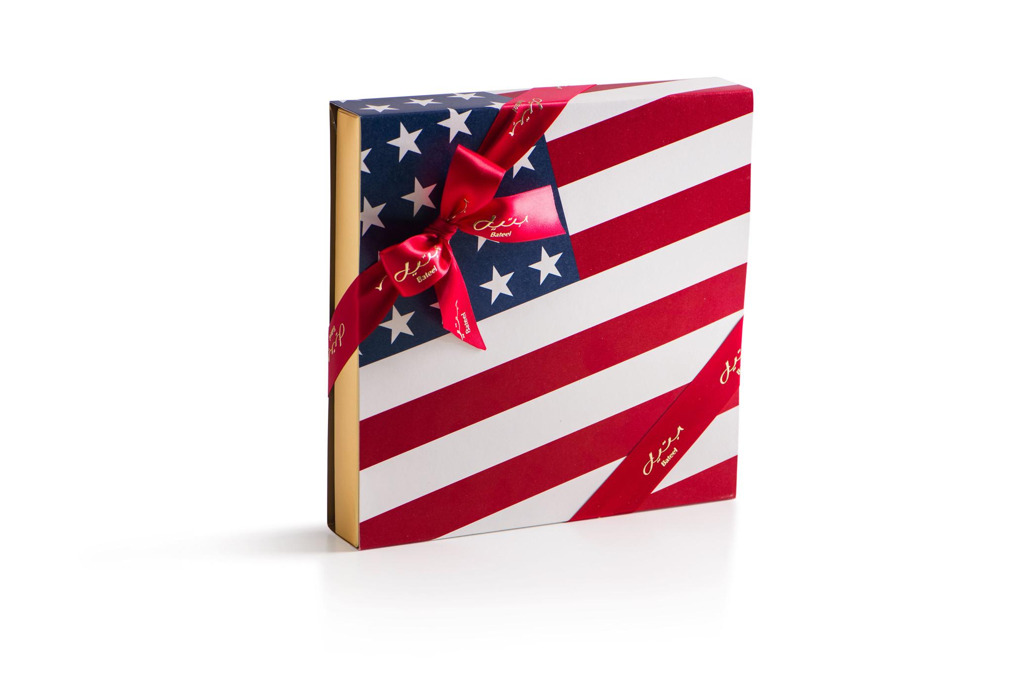 USA Flag - Cassandra Square M