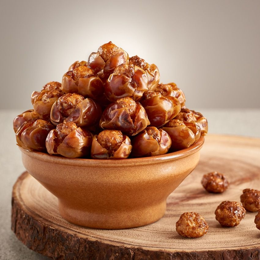 Bateel USA Kholas Dates Caramelized Macadamia