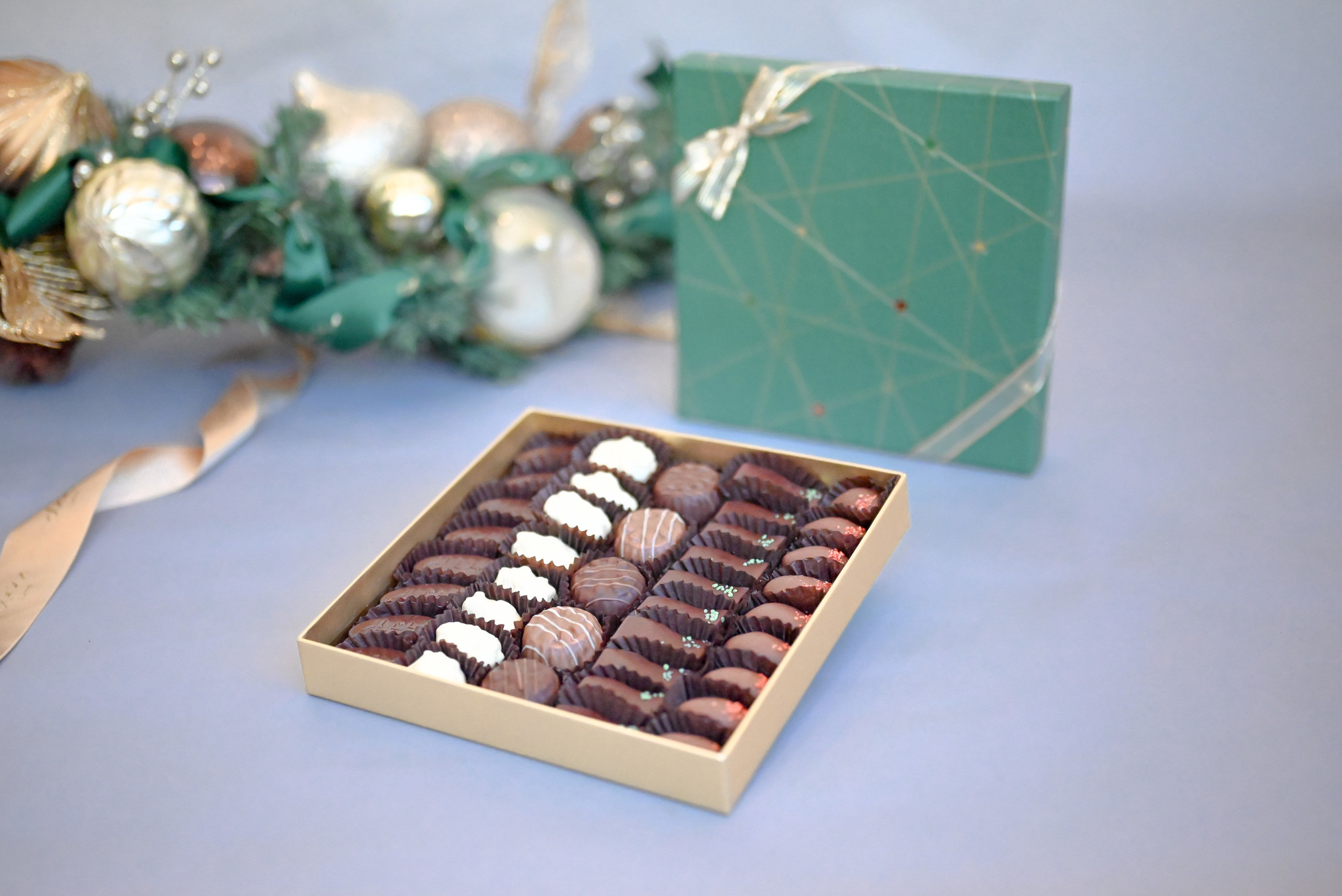 Stella Green Large Chocolate and Biscuit Assortment