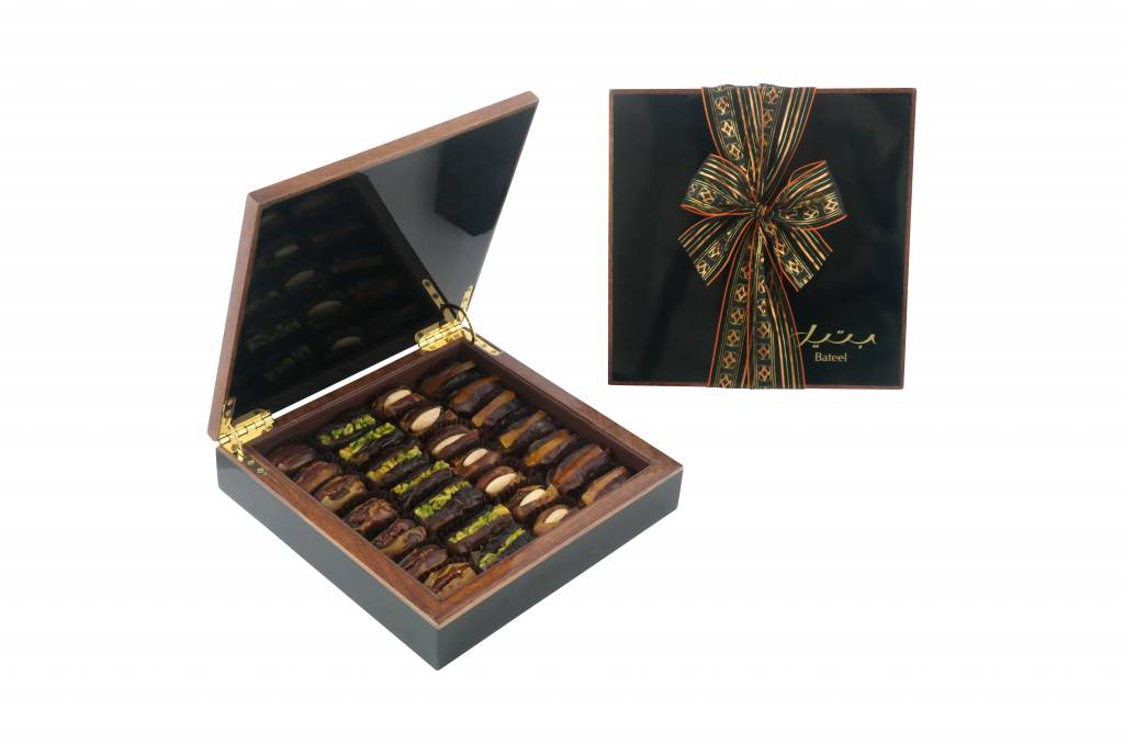 Maple Wood Luxury Gift Box With Dates Caramelized Roasted Nuts And