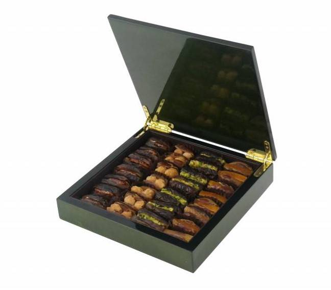 green wood luxury gift box with gourmet dates caramelized roasted