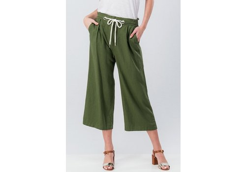 Olive Linen Cropped Pant