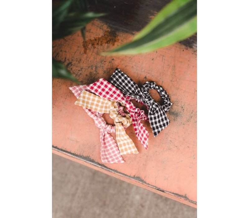 Gingham Bow Scrunchies