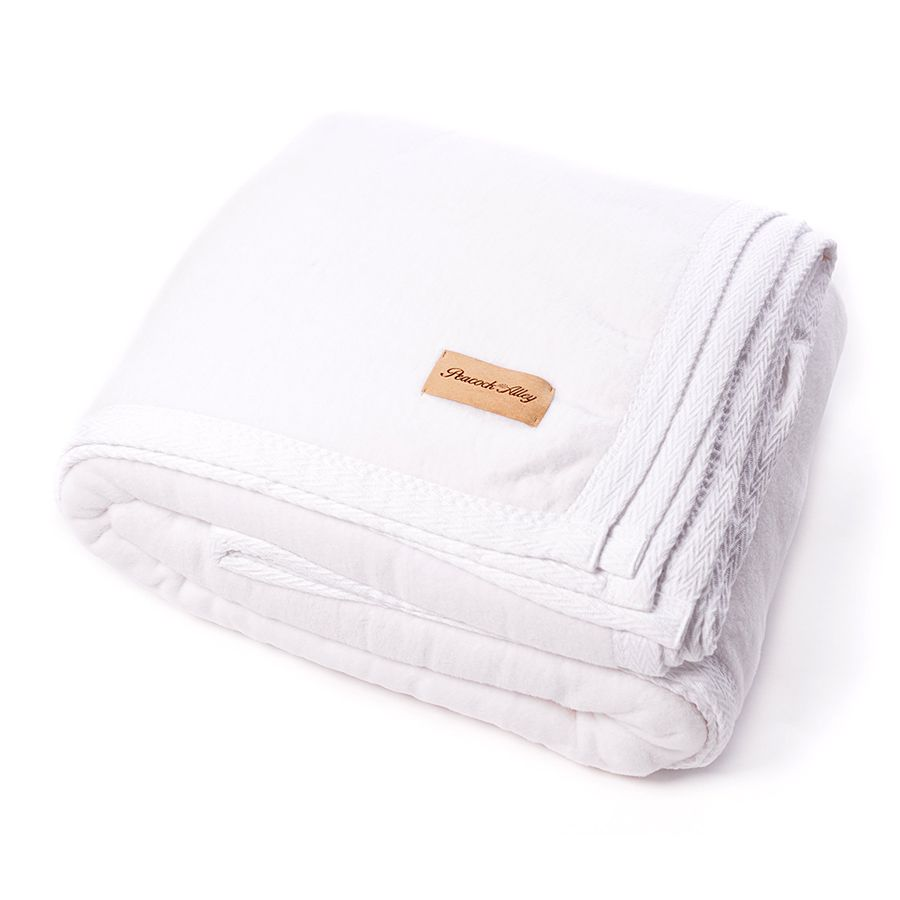 PEACOCK ALLEY PEACOCK ALLEY ALL SEASONS BLANKET WHITE
