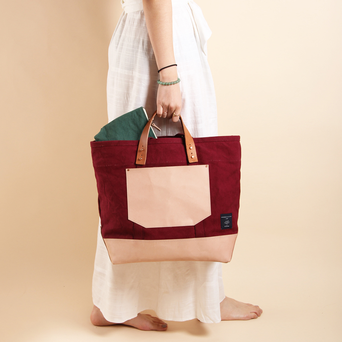 IMMODEST COTTON x Fleabags Immodest Cotton - Plum East West Bucket Tote