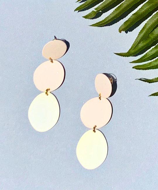 Casa Clara CAC JE - Coconut Paia Earrings