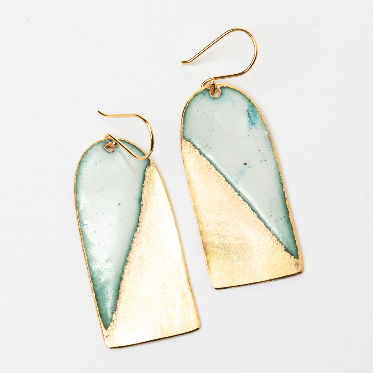 Uni-Forms Arch Rectangle Enamel Earrings