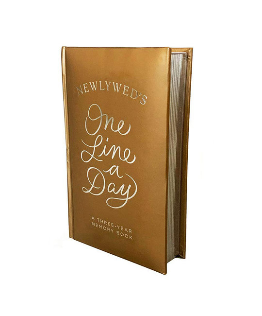 Chronicle Books - CB Newlyweds One Line A Day 3-Year Memory Book