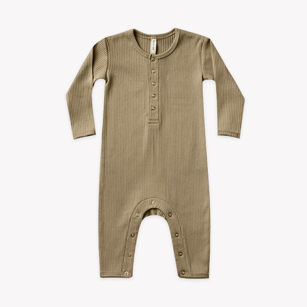Quincy Mae - QM Quincy Mae - Ribbed Baby Jumpsuit in Olive