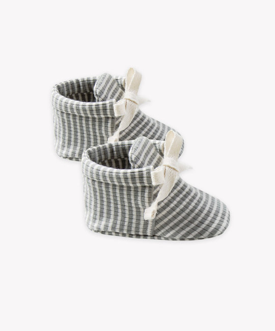 Quincy Mae - QM Quincy Mae - Ribbed Baby Booties in Eucalyptus Stripe