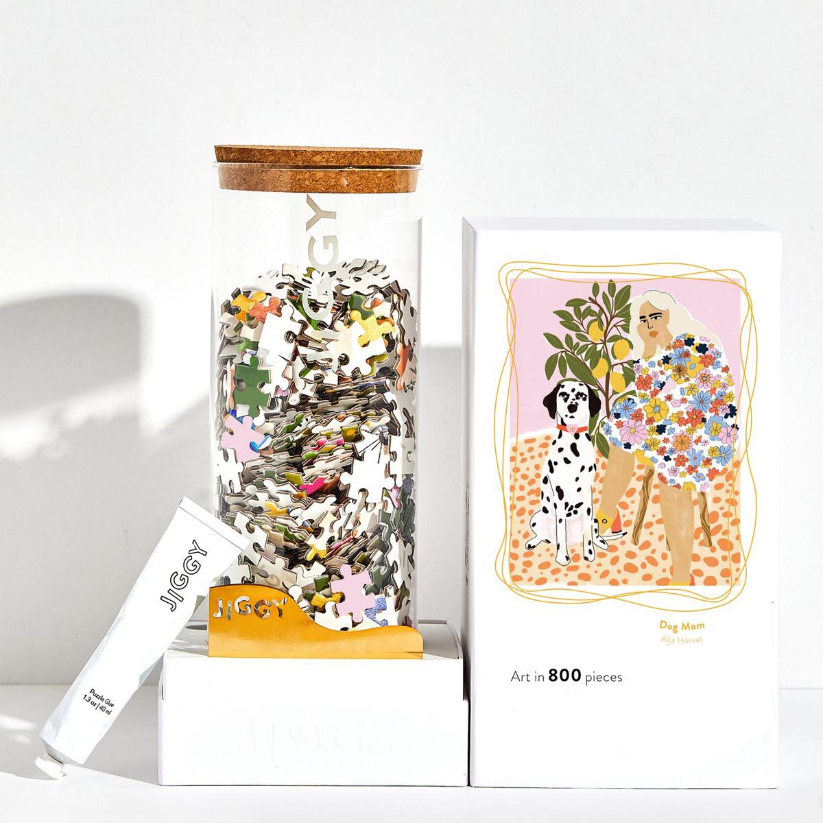 Jiggy Jiggy - Dog Mom 800-Piece Puzzle & Frameable Art