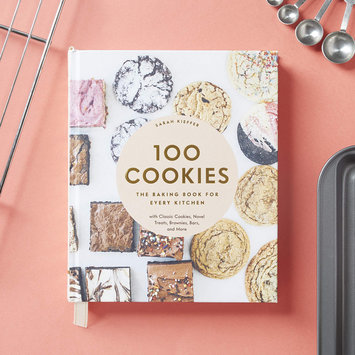 Chronicle Books - CB 100 Cookies: The Baking Book for Every Kitchen, with Classic Cookies, Novel Treats, Brownies, Bars, and More
