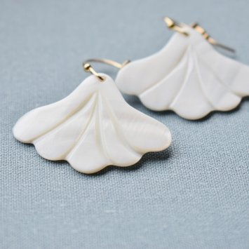 Casa Clara - CAC CAC JE - Shell Steffi Earrings