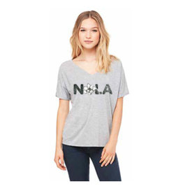 Le Petitee NOLA Magnolia Short Sleeve Adult V-Neck Heather Grey -
