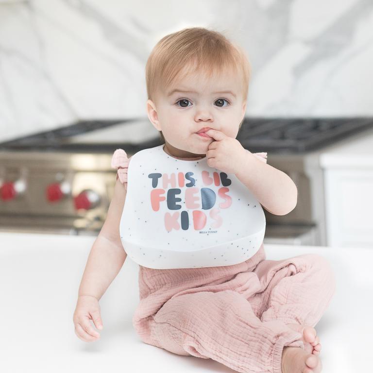 Bella Tunno Wonder Bib - This Bib Feeds Kids