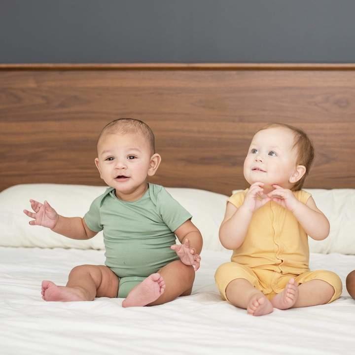 Kyte Baby Kyte Baby Bamboo Onesie - Matcha
