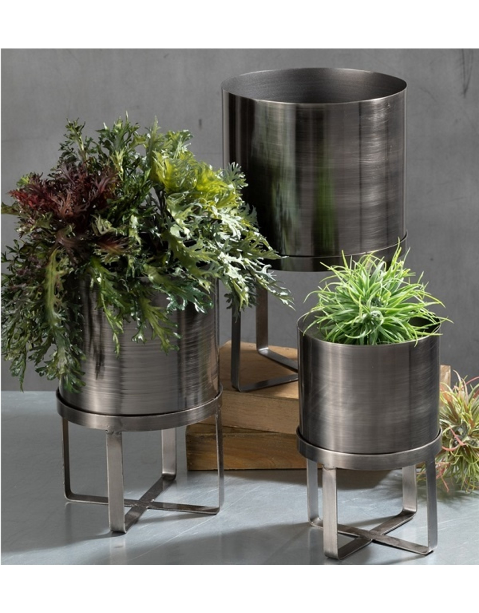 Sullivans GALVANIZED PLANTER WITH STAND MEDIUM