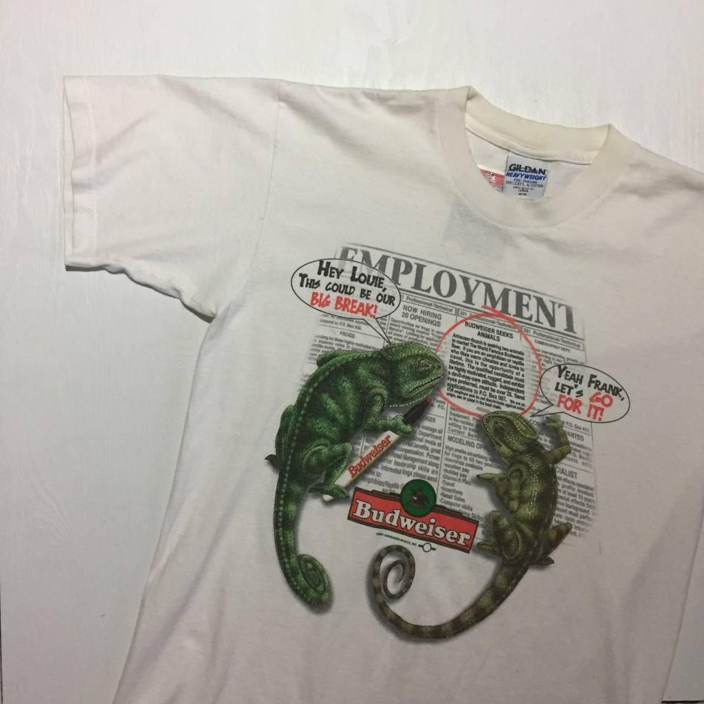 2ND BASE VINTAGE Vintage 1997 Budweiser Chameleon Newspaper T-Shirt White Size MD
