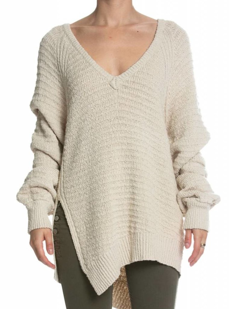 Elan Side Cut Pullover