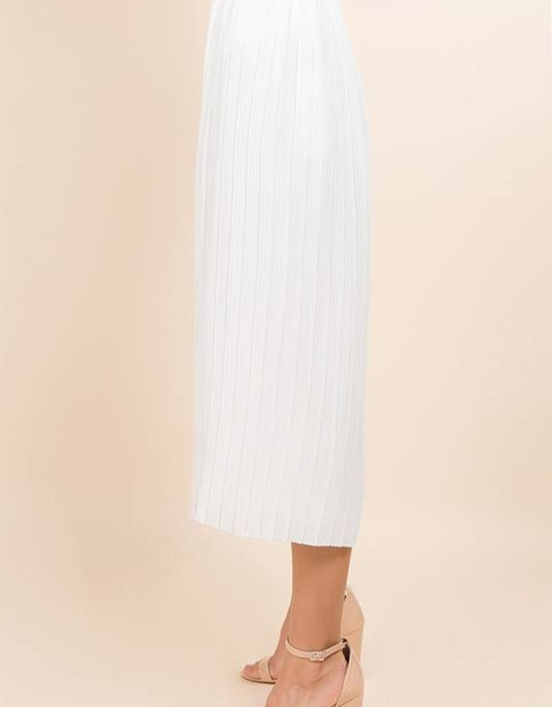 Capsule Pleated Cropped Pant
