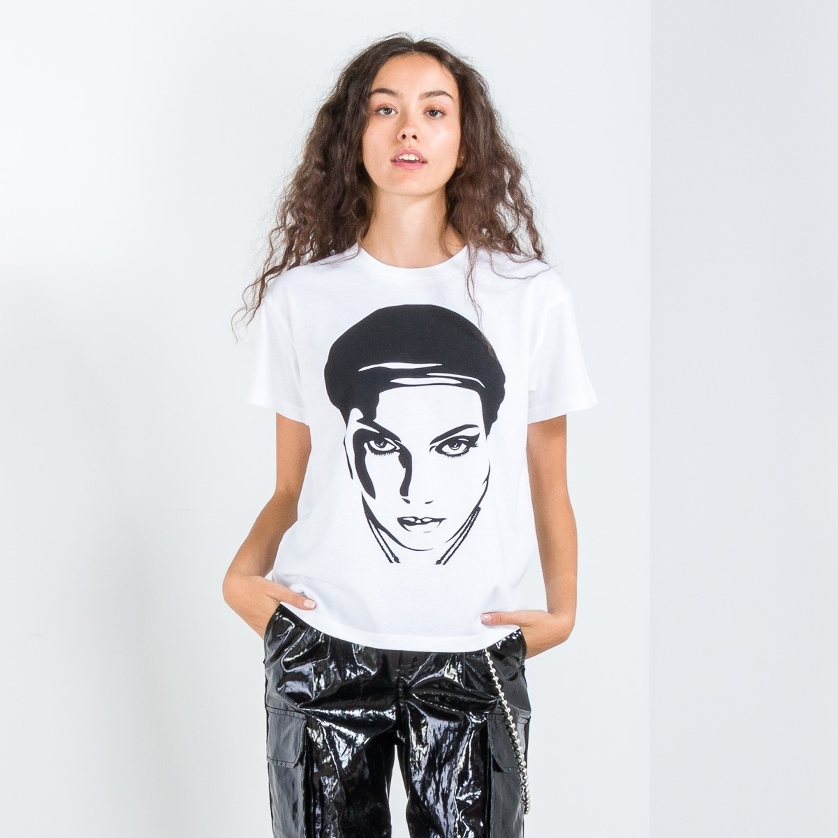OBEY Sustainable Oil Lotus Woman Tee