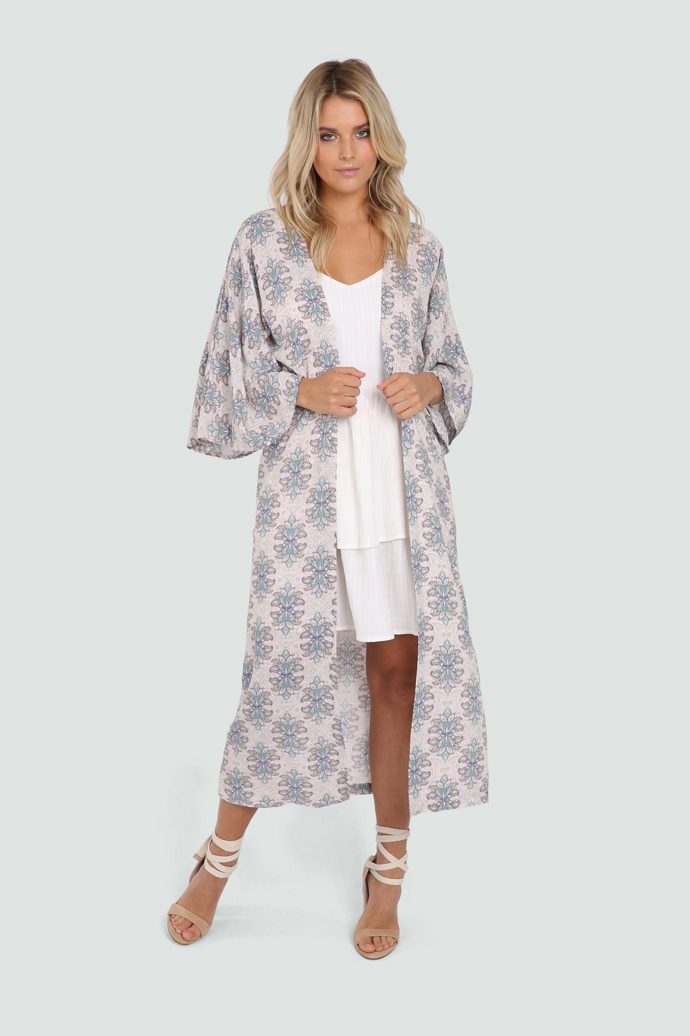 Lost In Lunar Reena Kimono