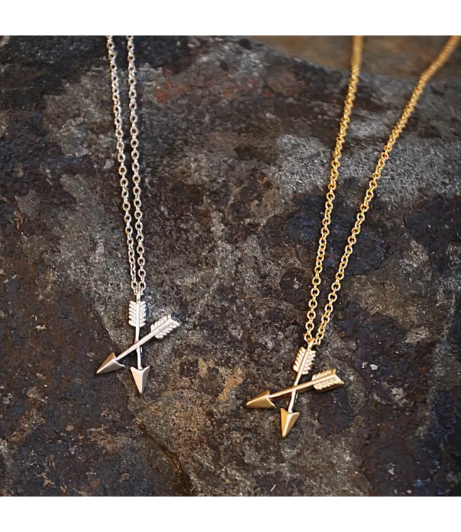 Buffalo Girls Salvage Crossing Arrows Necklace
