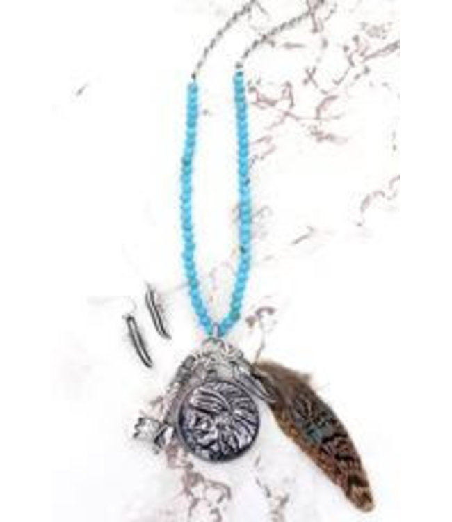 Buffalo & Chief Dual Side Cluster Pendant Necklace and Earring Set
