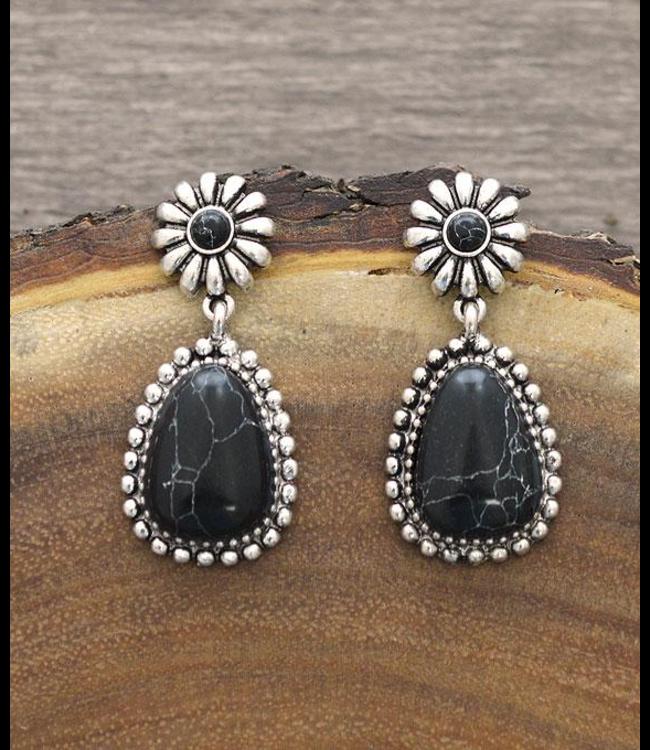 Black Stone Teardrop Earings