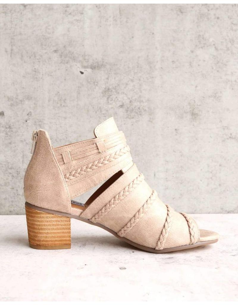 Not Rated Cullie Heel in Beige