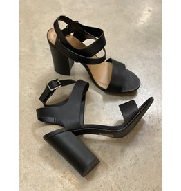 Soprano Black Block Heel