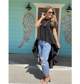 Black Knit SS Top w/Longer Length Dramatic Back