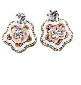 Treasure Jewels Cayenne White