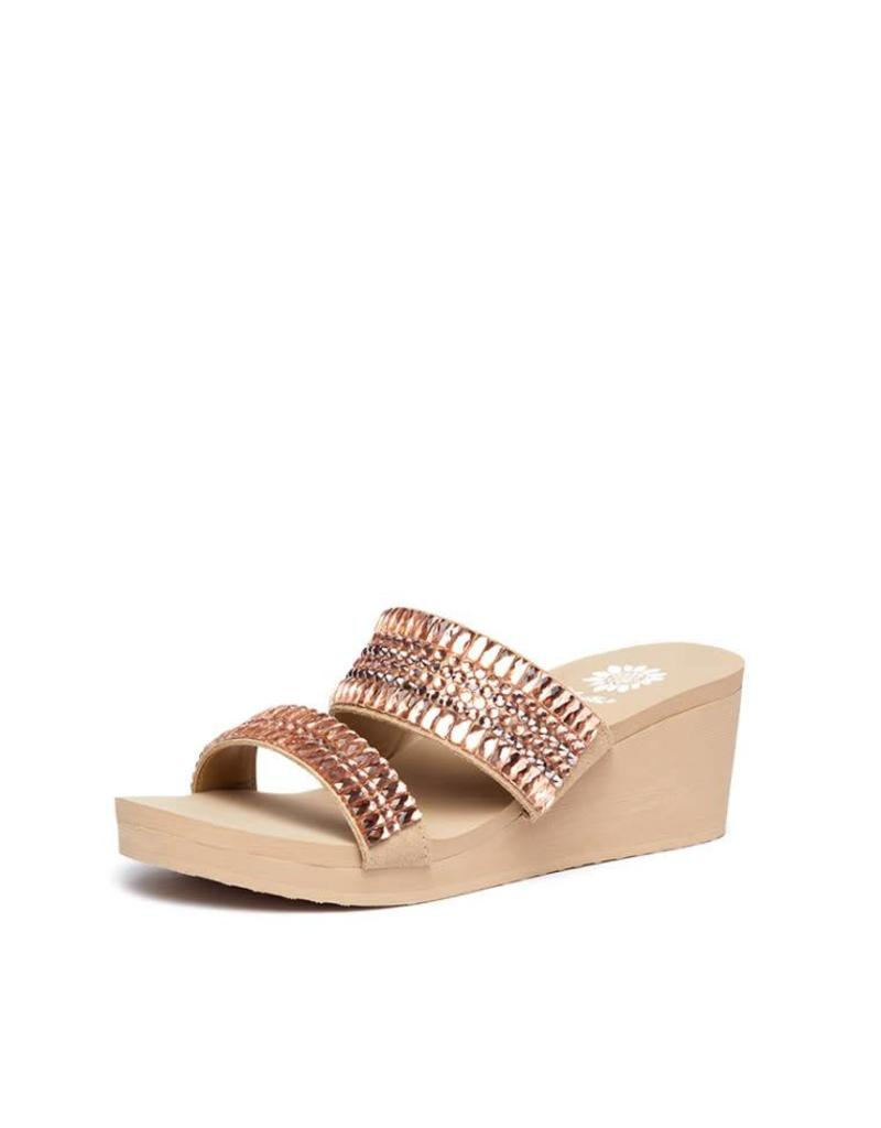 d639a4688c89 Kyrie Sandals in Rose Gold - Rhinestone Angel
