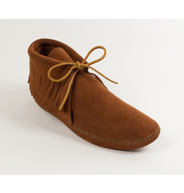 Minnetonka Men's Classic Fringe Soft Sole Boot