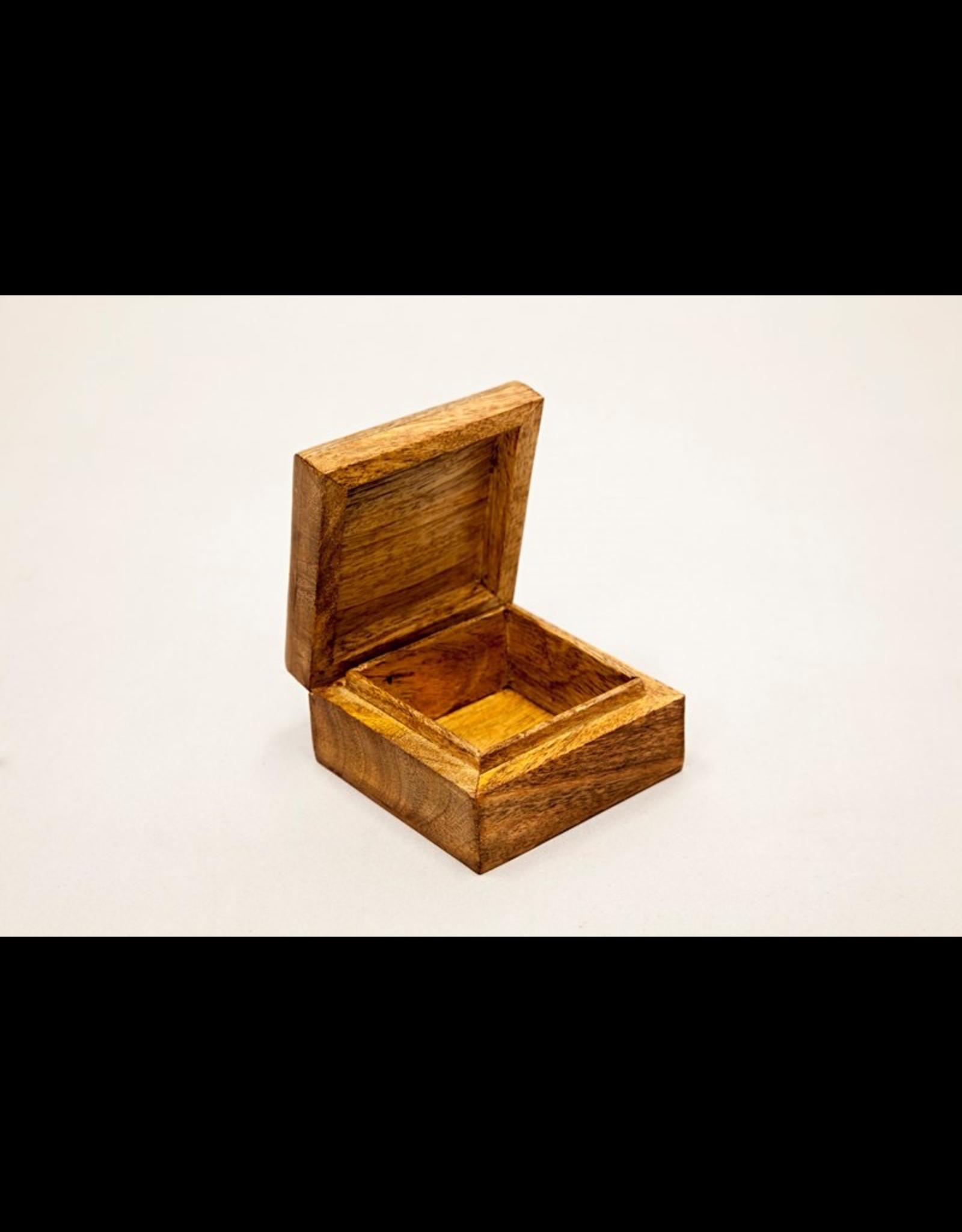 India Arts Mango Celtic Box