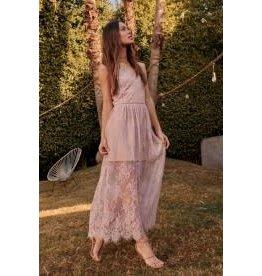 Promesa Layered Lace Maxi Dress