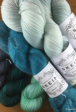 Skein Skein Yarns Salerno Kit