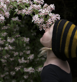 Knox Mountain Pattern Honey Bee Hat